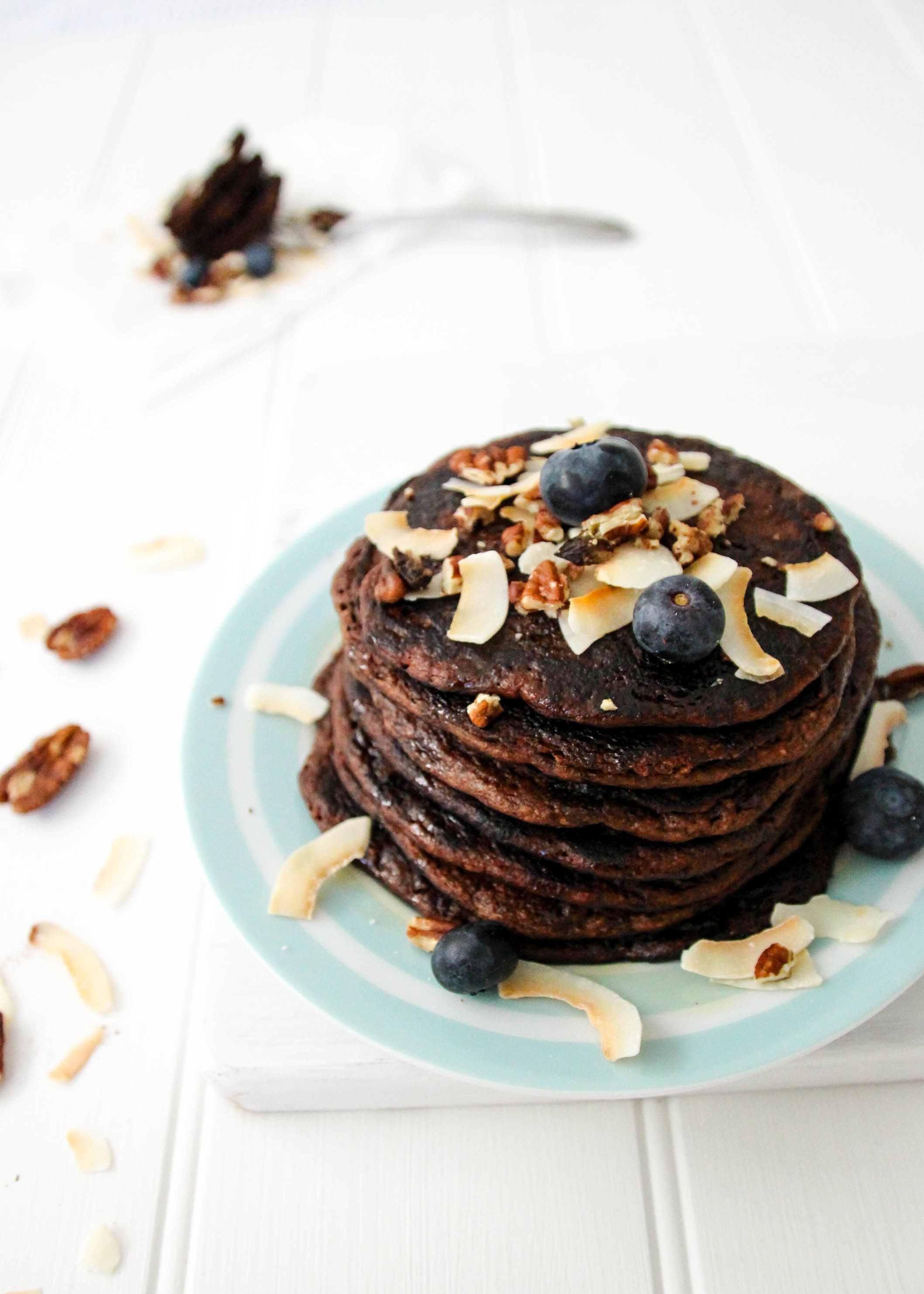 Healthy chocolate pecan low fodmap pancakes