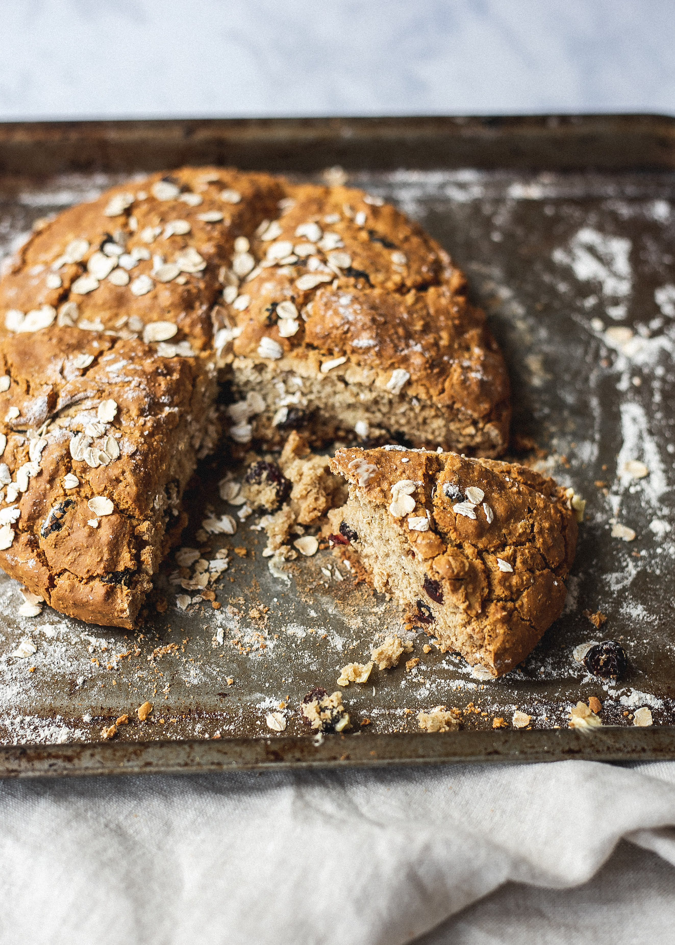 FODMAP friendly oat, cranberry and orange soda bread