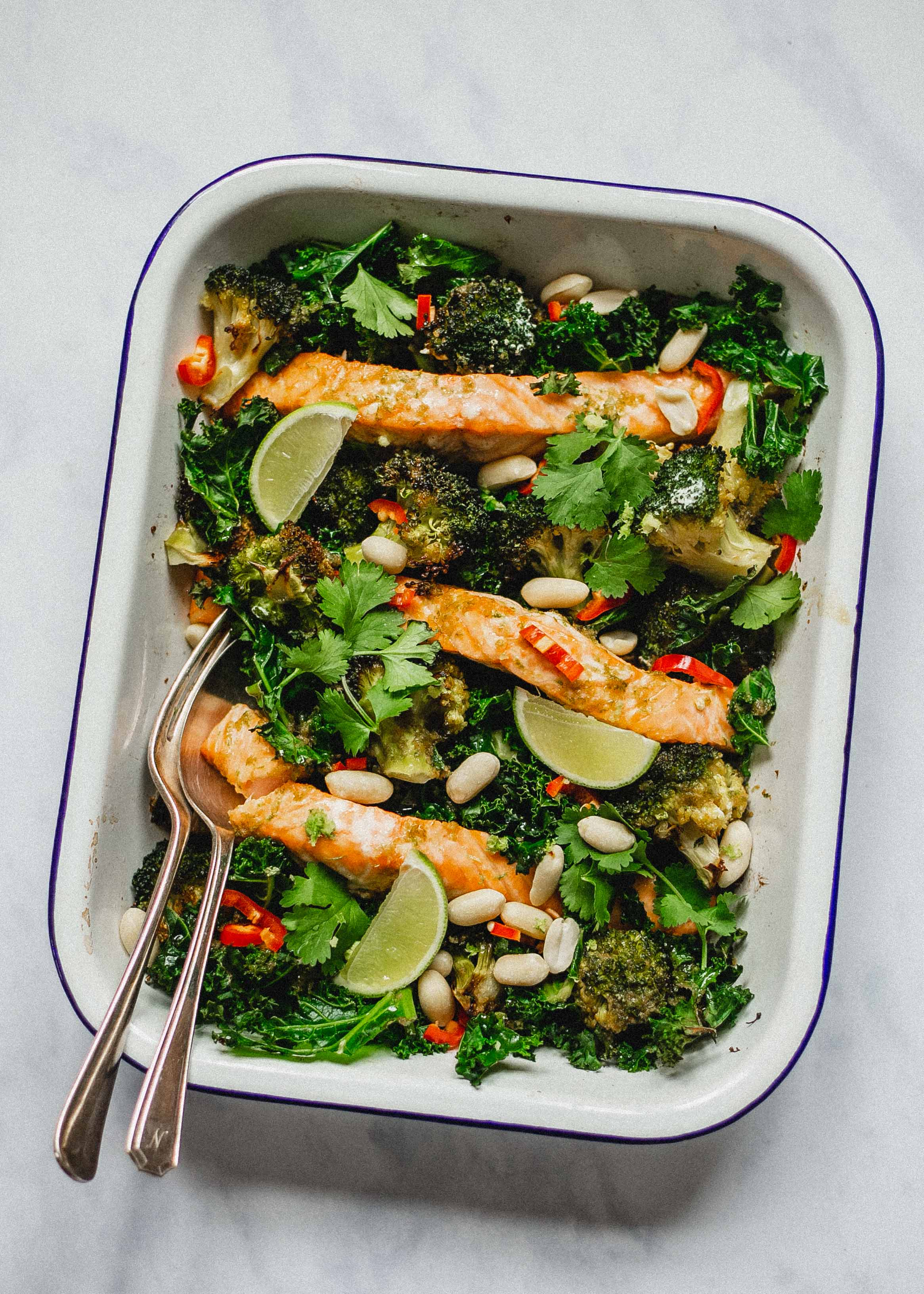 FODMAP friendly roast salmon and broccoli traybake