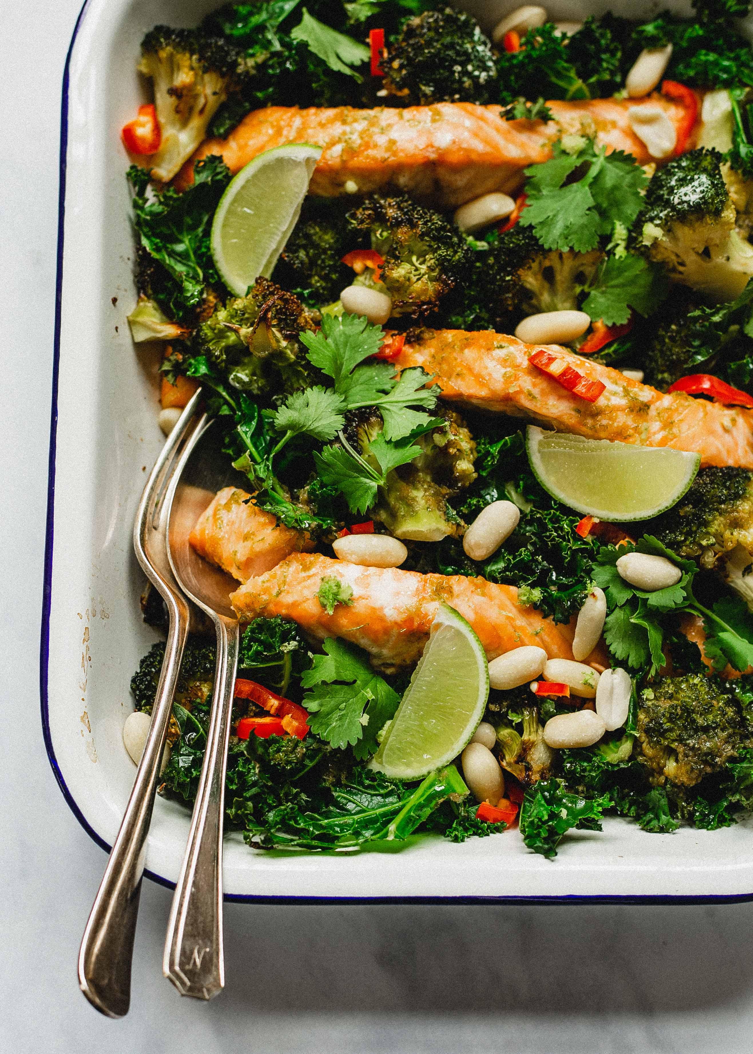 Low FODMAP roast salmon and broccoli traybake