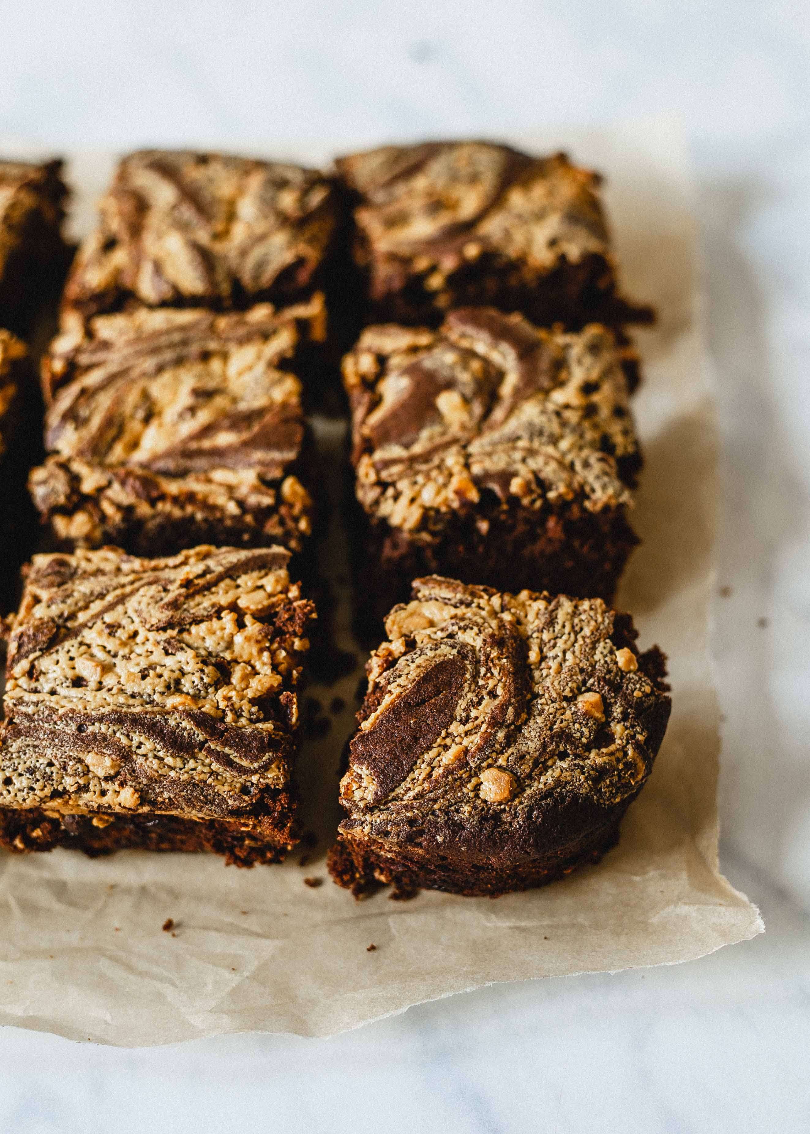 Low FODMAP peanut butter chocolate tray bake