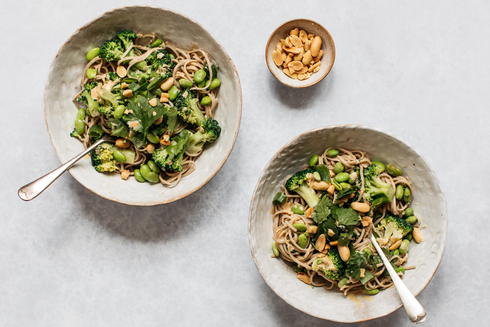 Low FODMAP and gluten free broccoli peanut soba noodle salad