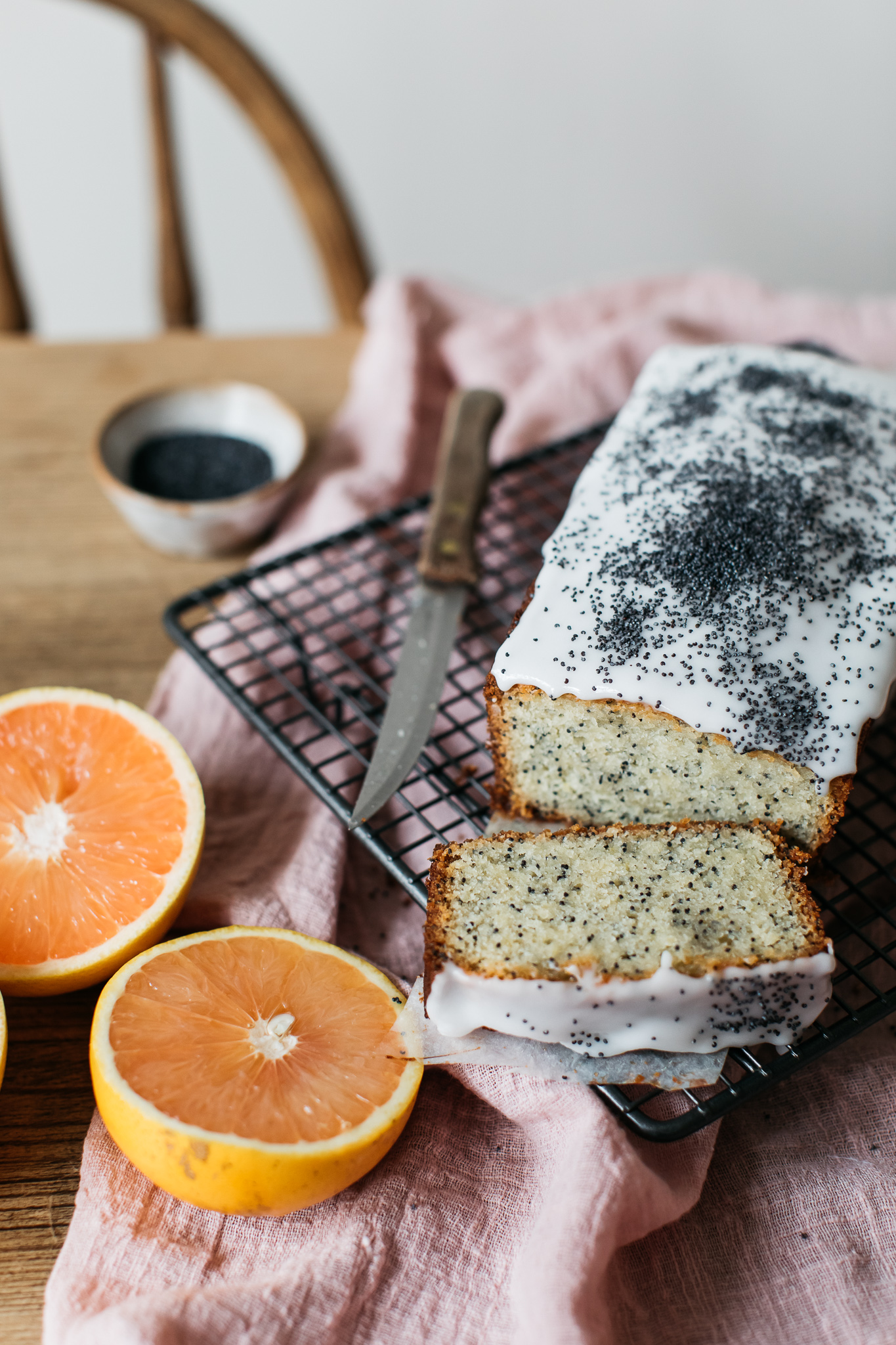 Low FODMAP citrus and poppy seed loaf cake