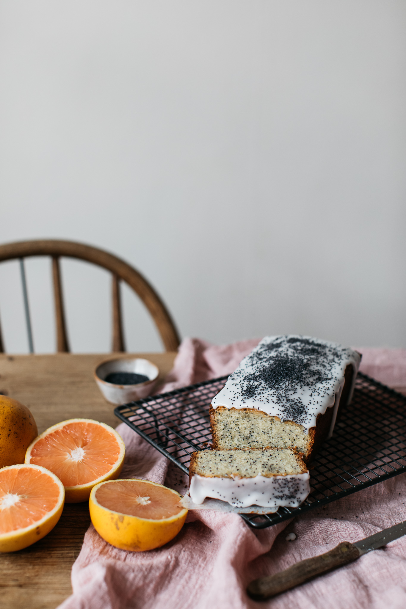 Low FODMAP gluten free grapefruit and poppy seed loaf cake