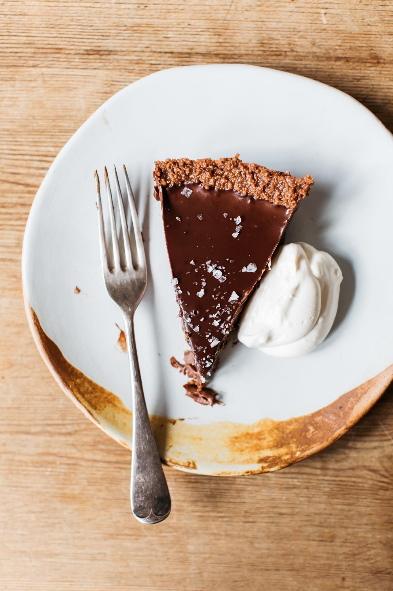 Low FODMAP no bake salted chocolate tart