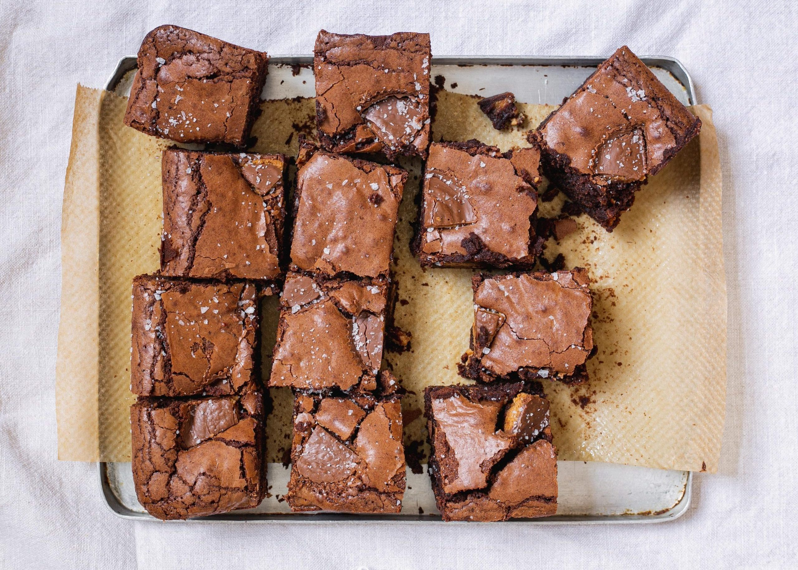 Gluten free and low FODMAP Reese's peanut butter cup brownies