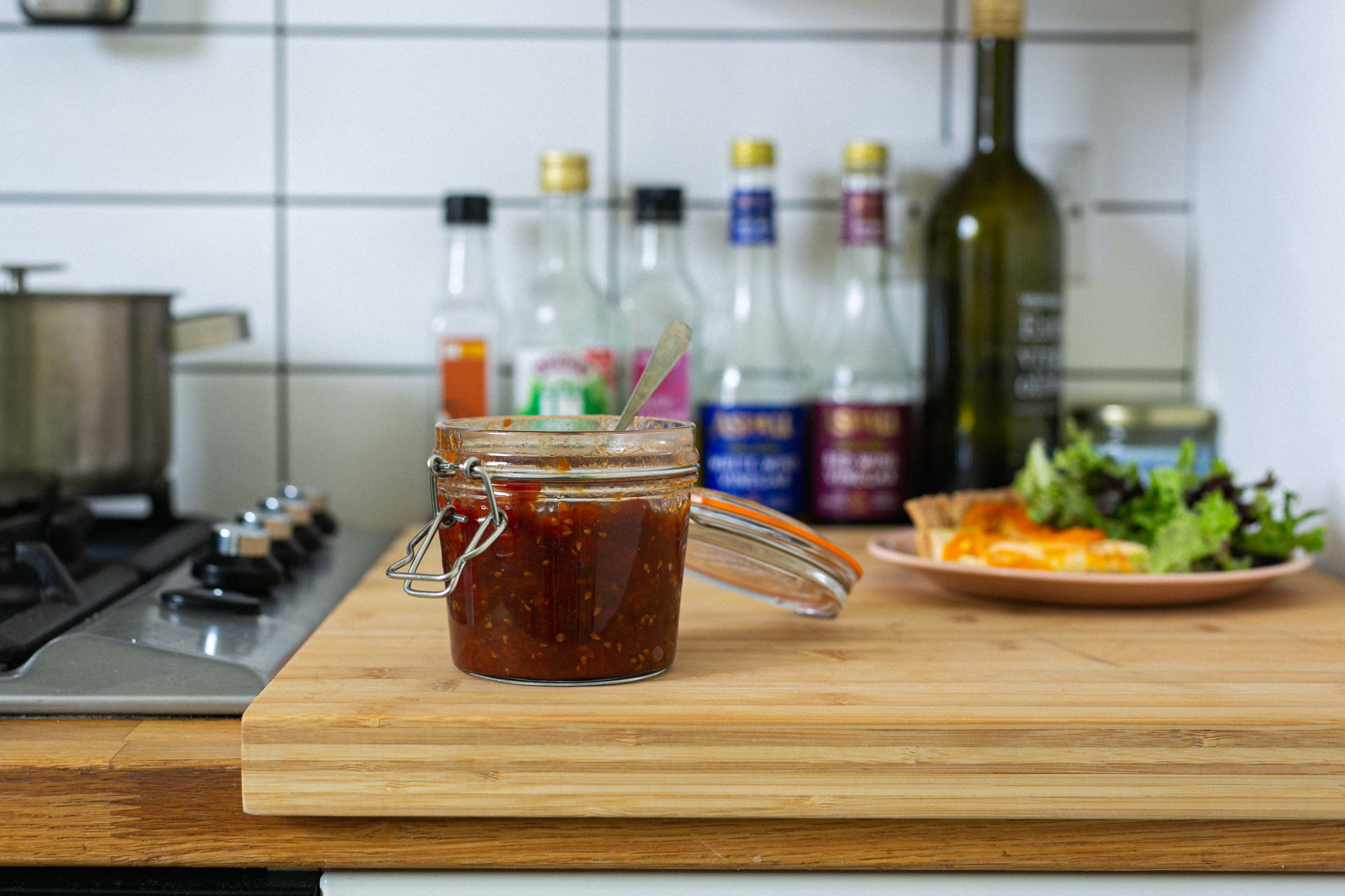Low FODMAP 3 ingredient tomato chutney