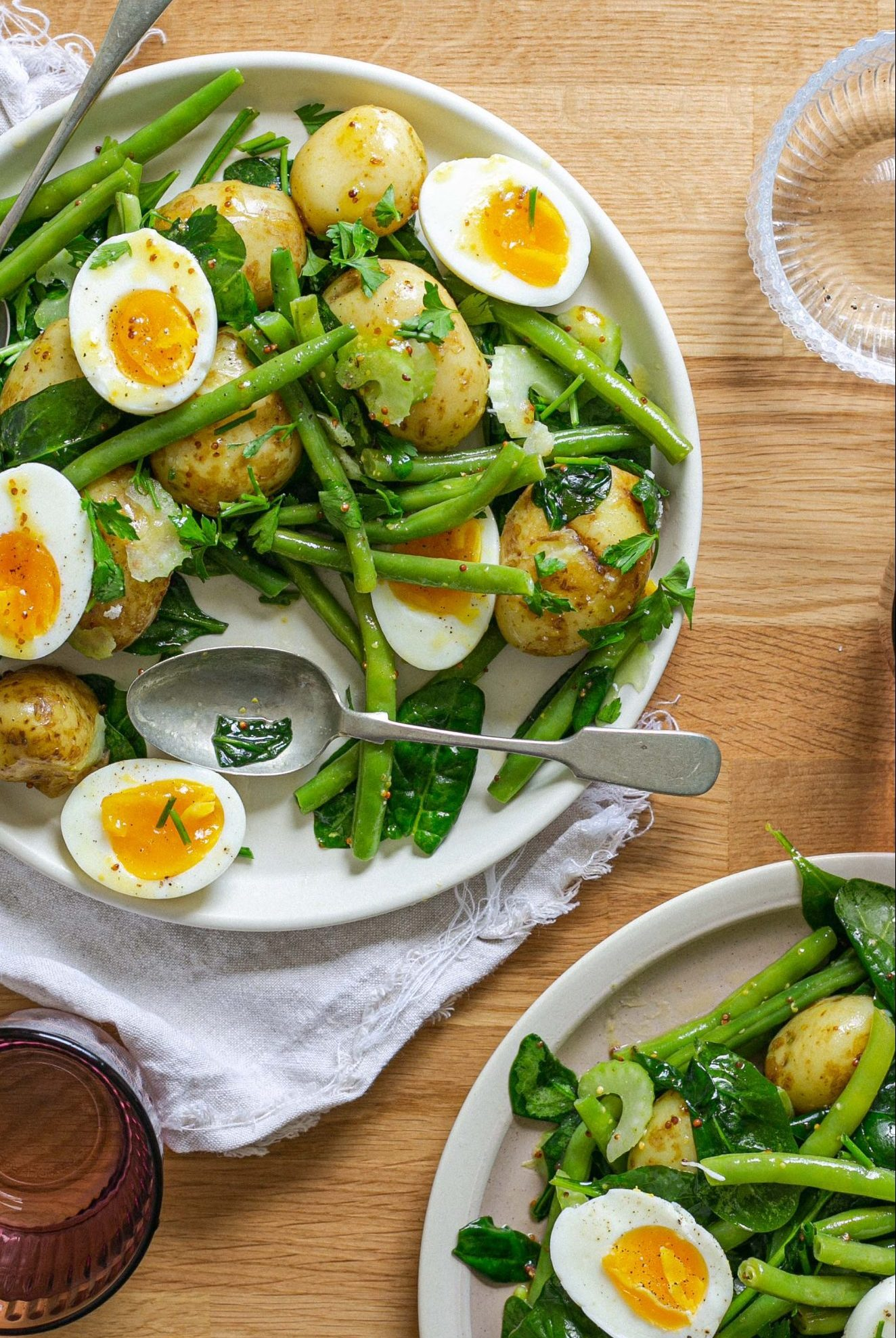 Low FODMAP salad with egg