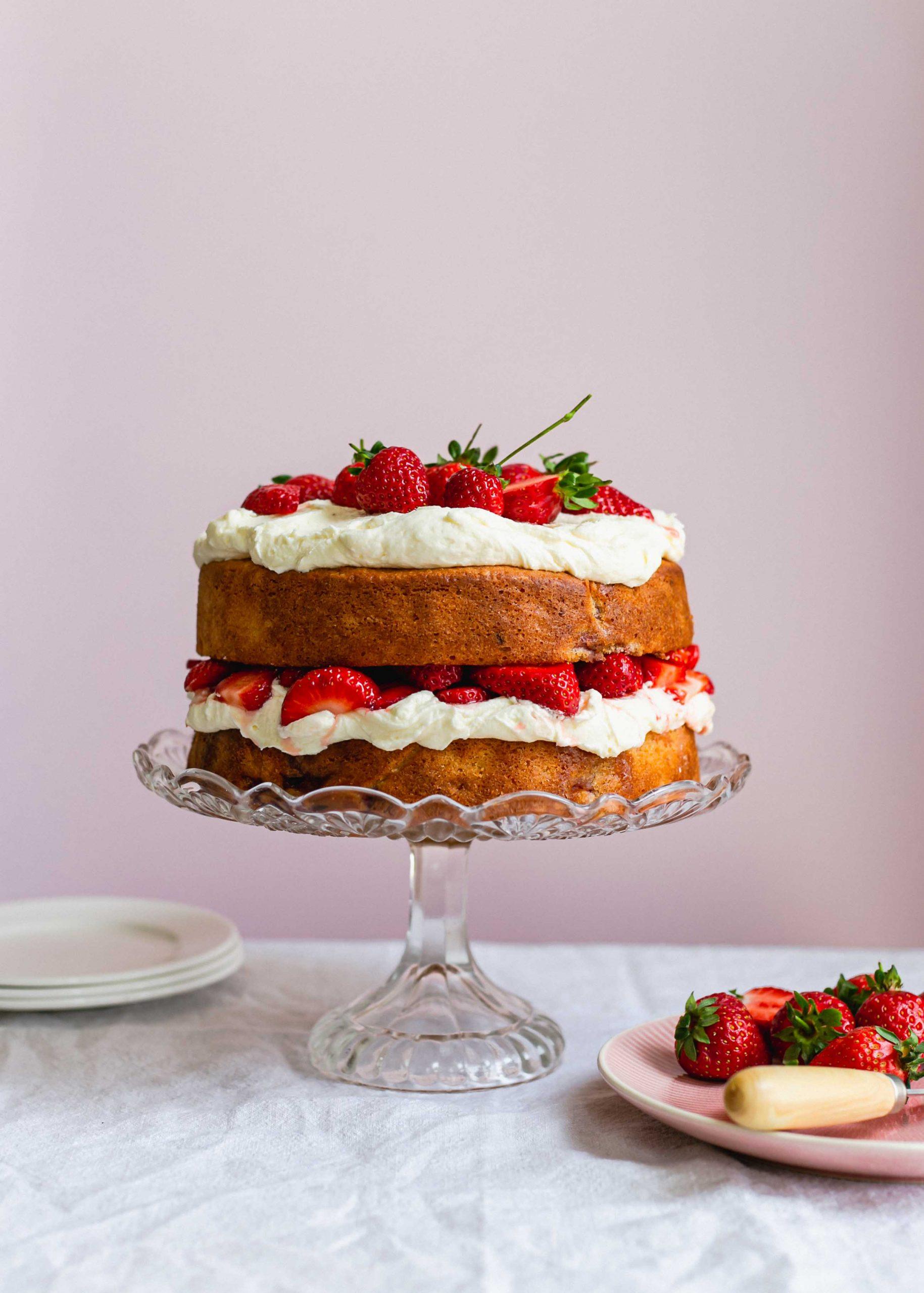 Gluten free strawberry sour cream cake recipe