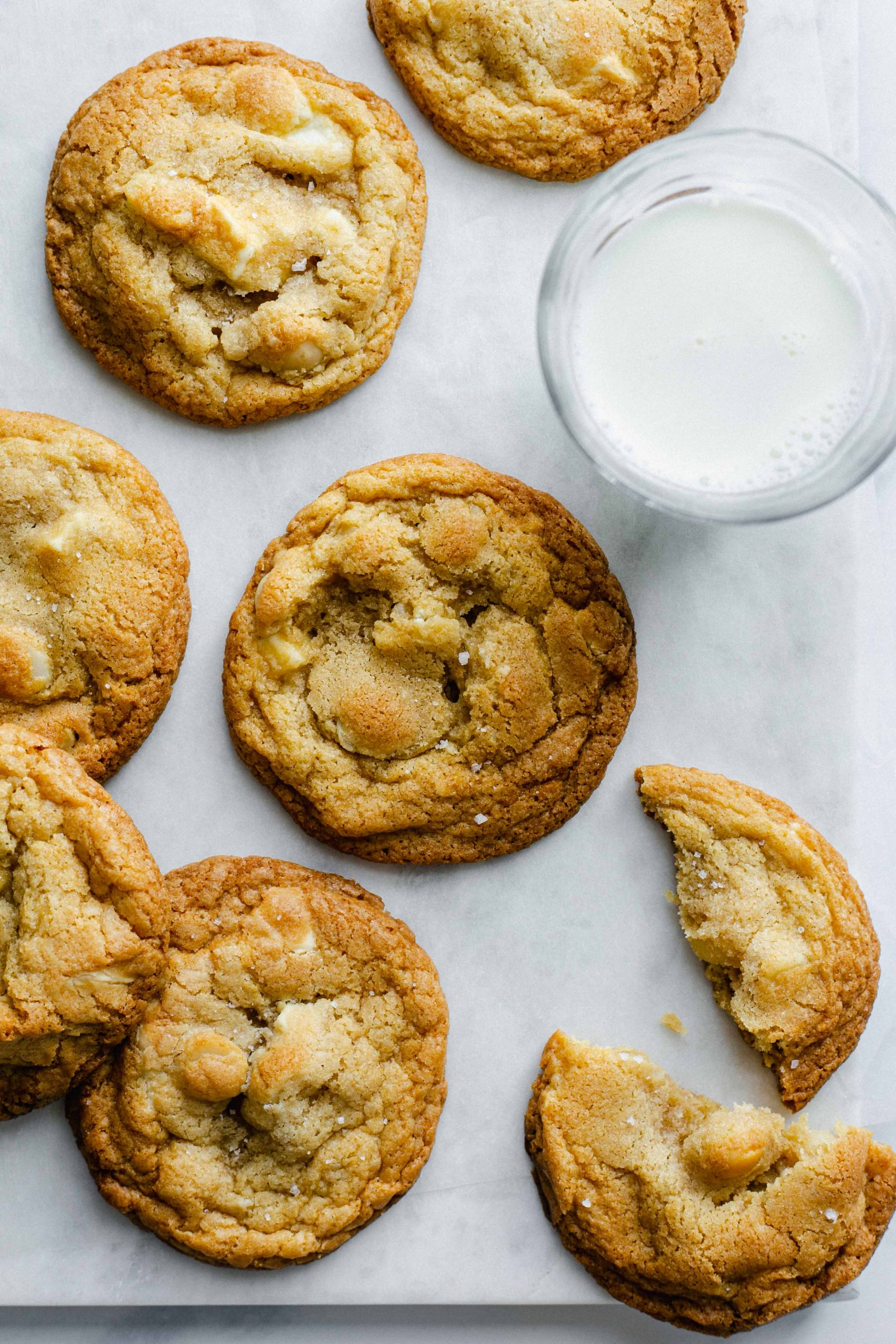 Low FODMAP white choc chip and macadamia nut cookies